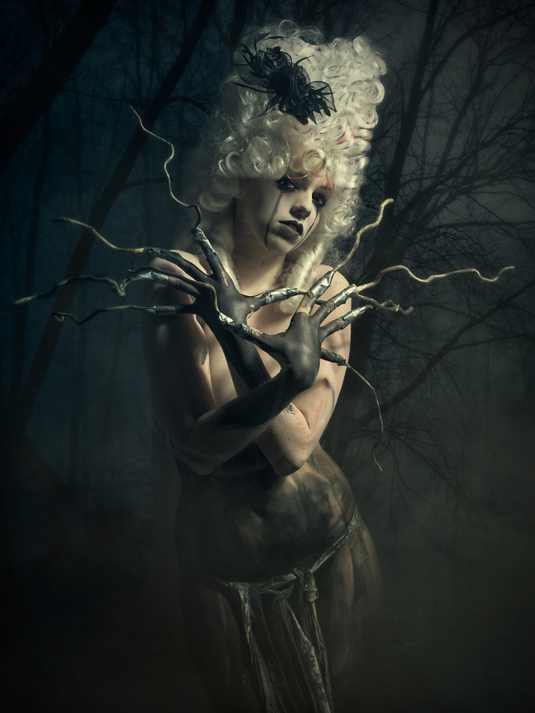 2013-07-27 People: Studio - Season of the witch