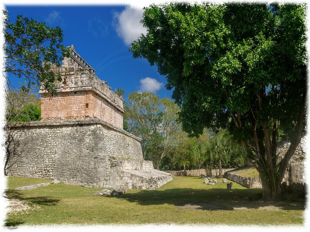 Ballcourt behind the Casa Colorada